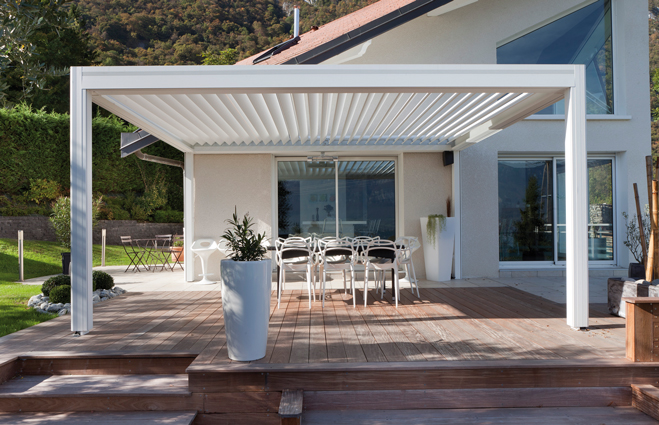 mod le d 39 une pergola bioclimatique en aluminium proche toulon dans le var js menuiseries. Black Bedroom Furniture Sets. Home Design Ideas